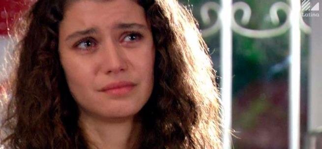 Fatmagül suplica por el amor de Kerim